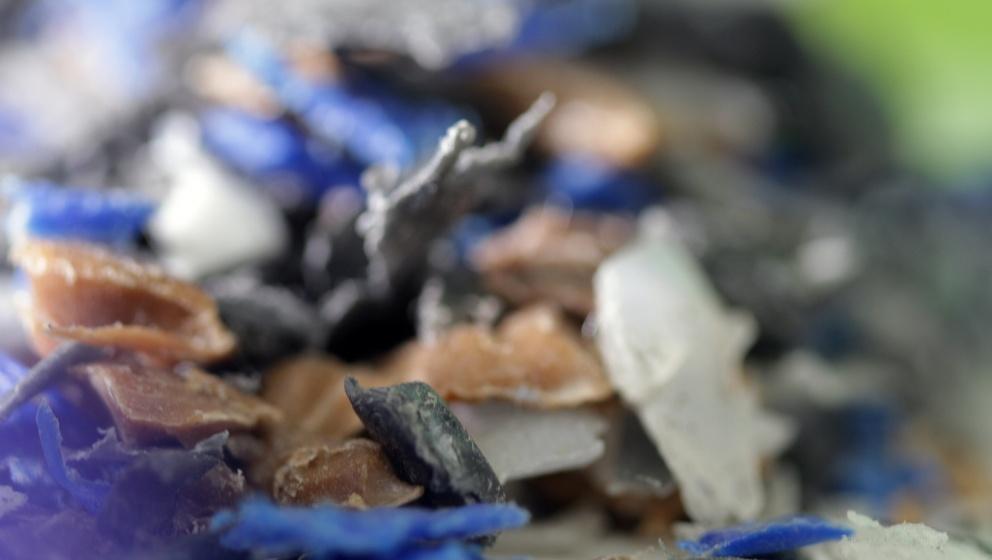 kemisk plast i olika färger